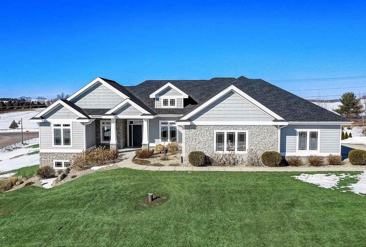 3408 Whistling Wind Way, Sun Prairie, Wisconsin 53590, 3 Bedrooms Bedrooms, ,3 BathroomsBathrooms,Single Family,For Sale,3408 Whistling Wind Way,1,1903437