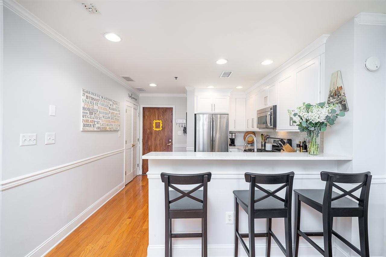812 GRAND ST, Hoboken, New Jersey 07030, 1 Bedroom Bedrooms, ,1 BathroomBathrooms,Condominium,For Sale,812 GRAND ST,210005126