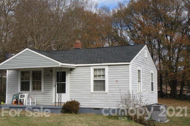 700 N VANCE Street, Gastonia, North Carolina 28052, 2 Bedrooms Bedrooms, ,1 BathroomBathrooms,Single Family,For Sale,700 N VANCE Street,1,3716543