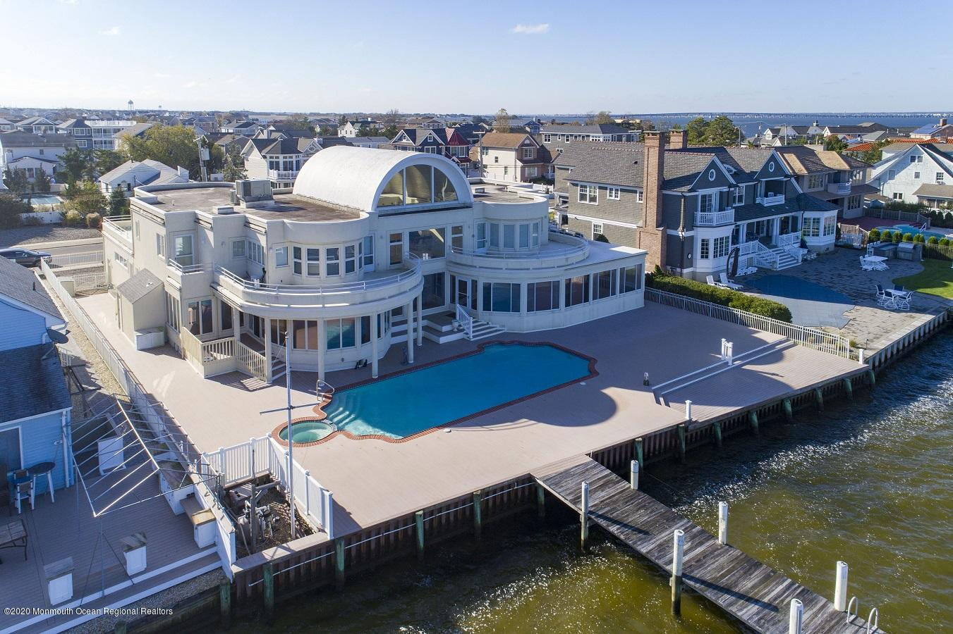 91 Pershing Boulevard, Lavallette, New Jersey 08735, 8 Bedrooms Bedrooms, ,8 BathroomsBathrooms,Single Family,For Sale,91 Pershing Boulevard,2,22039852