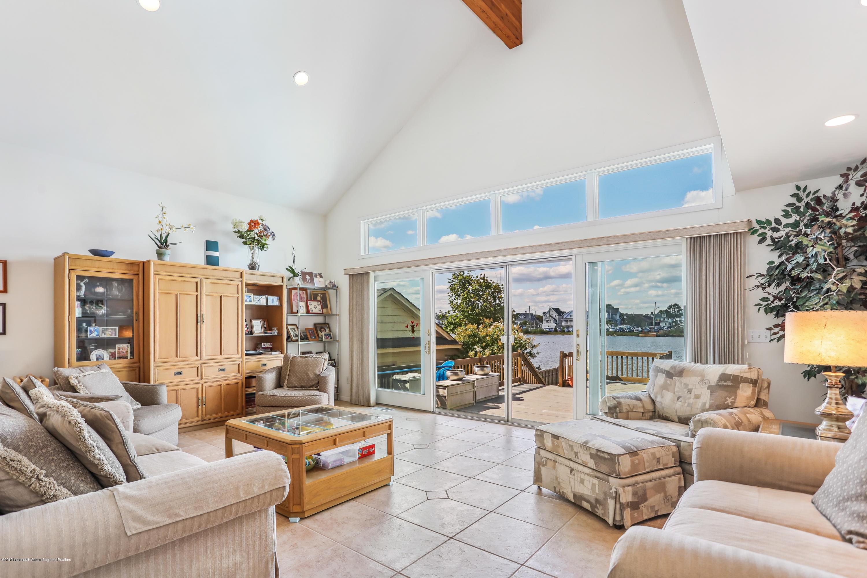 13 Trenton Avenue, Point Pleasant Beach, New Jersey 08742, 4 Bedrooms Bedrooms, ,4 BathroomsBathrooms,Single Family,For Sale,13 Trenton Avenue,2,22028855