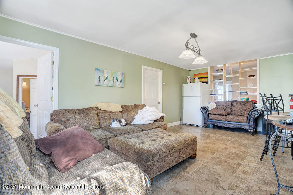 495 Madison Avenue, Toms River, New Jersey 08753, 4 Bedrooms Bedrooms, ,3 BathroomsBathrooms,Single Family,For Sale,495 Madison Avenue,1,22105984