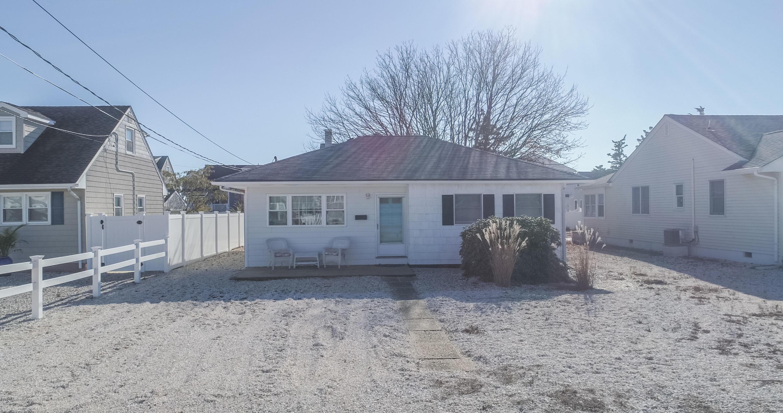 210 Newark Avenue, Lavallette, New Jersey 08735, 3 Bedrooms Bedrooms, ,1 BathroomBathrooms,Single Family,For Sale,210 Newark Avenue,1,22040149