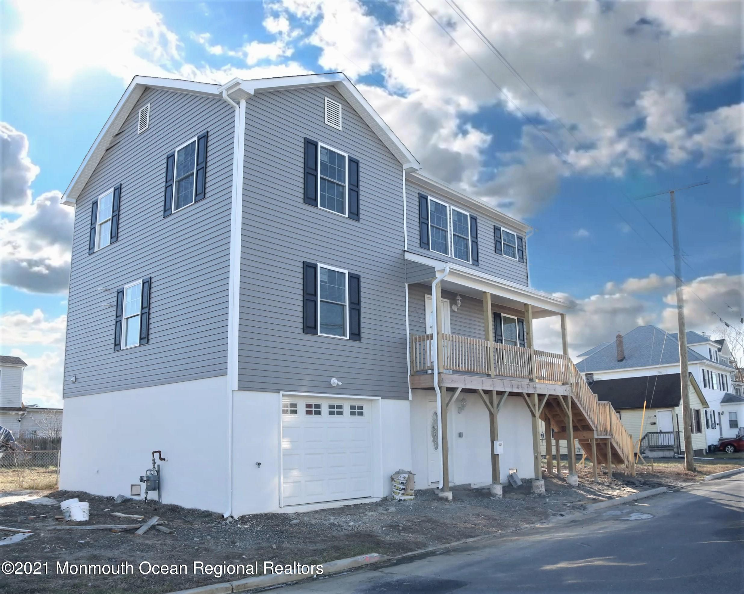 632 Bayview Avenue, Union Beach, New Jersey 07735, 4 Bedrooms Bedrooms, ,3 BathroomsBathrooms,Single Family,For Sale,632 Bayview Avenue,2,22100819