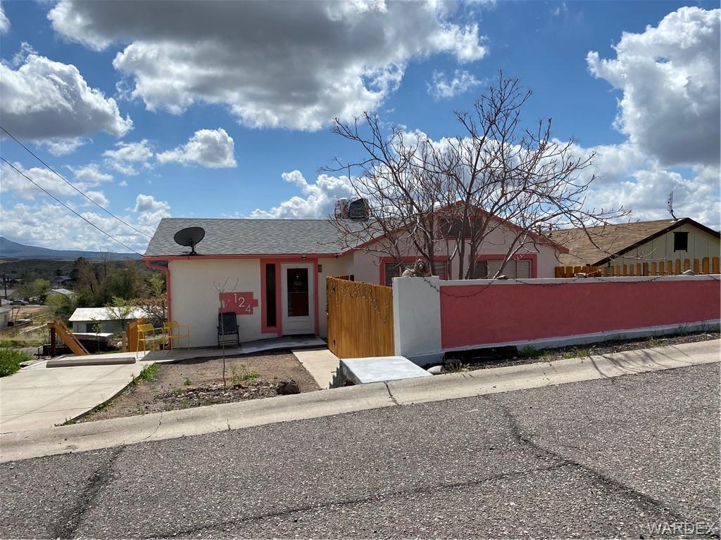 124 Spruce Street, Kingman, Arizona 86401, 4 Bedrooms Bedrooms, ,2 BathroomsBathrooms,Single Family,For Sale,124 Spruce Street,978230