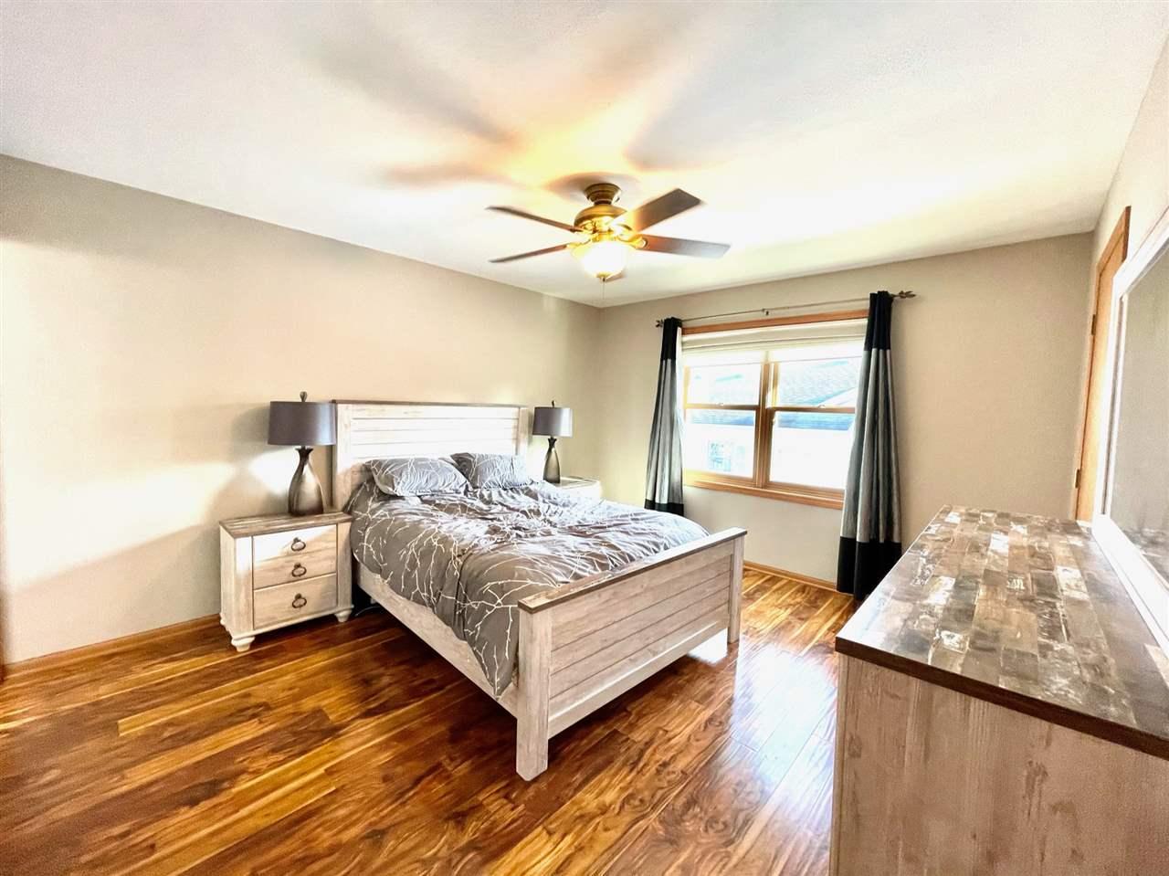 126 Weybridge Dr, Sun Prairie, Wisconsin 53590, 4 Bedrooms Bedrooms, ,3 BathroomsBathrooms,Single Family,For Sale,126 Weybridge Dr,1903666