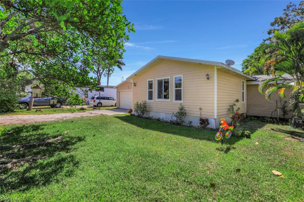 12721 Water LN, FORT MYERS, Florida 33908, 3 Bedrooms Bedrooms, ,2 BathroomsBathrooms,Single Family,For Sale,12721 Water LN,221016584