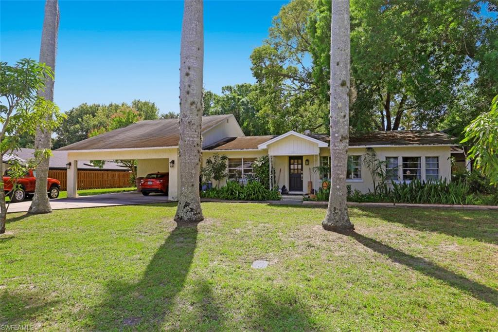 1540 Alhambra DR, FORT MYERS, Florida 33901, 5 Bedrooms Bedrooms, ,4 BathroomsBathrooms,Single Family,For Sale,1540 Alhambra DR,221017687