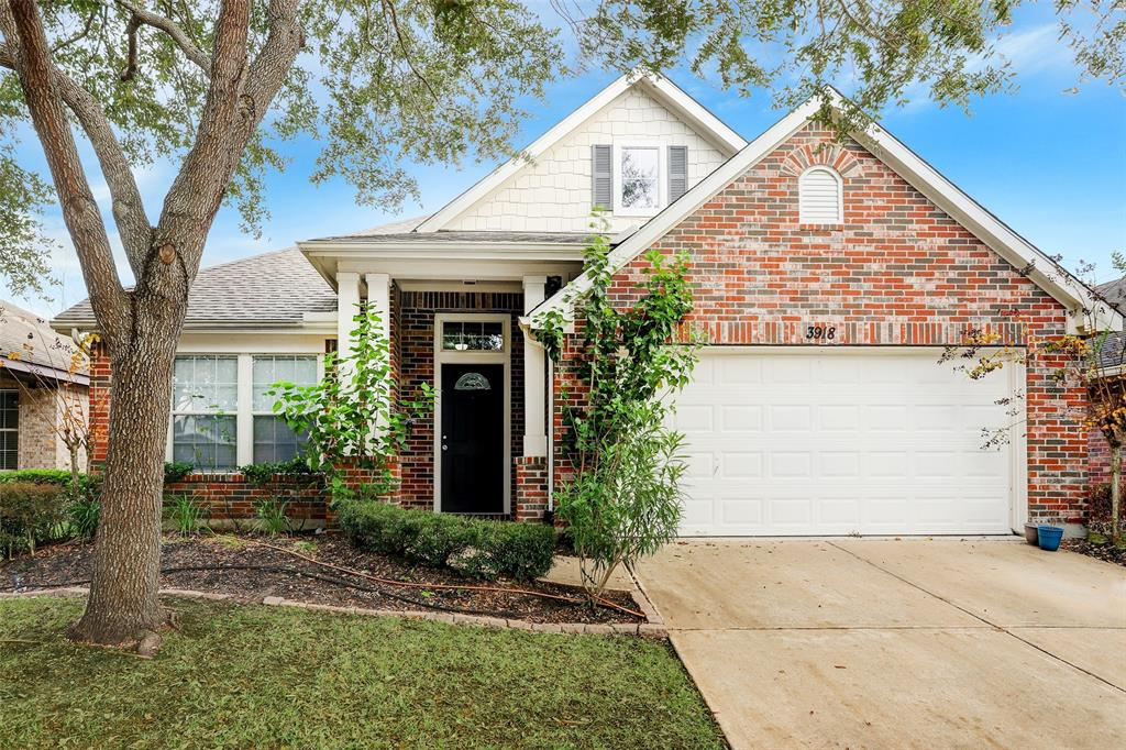 3918 W AUDEN CIRCLE, Missouri City, Texas 77459, 3 Bedrooms Bedrooms, ,3 BathroomsBathrooms,Single Family,For Sale,3918 W AUDEN CIRCLE,1,88237871