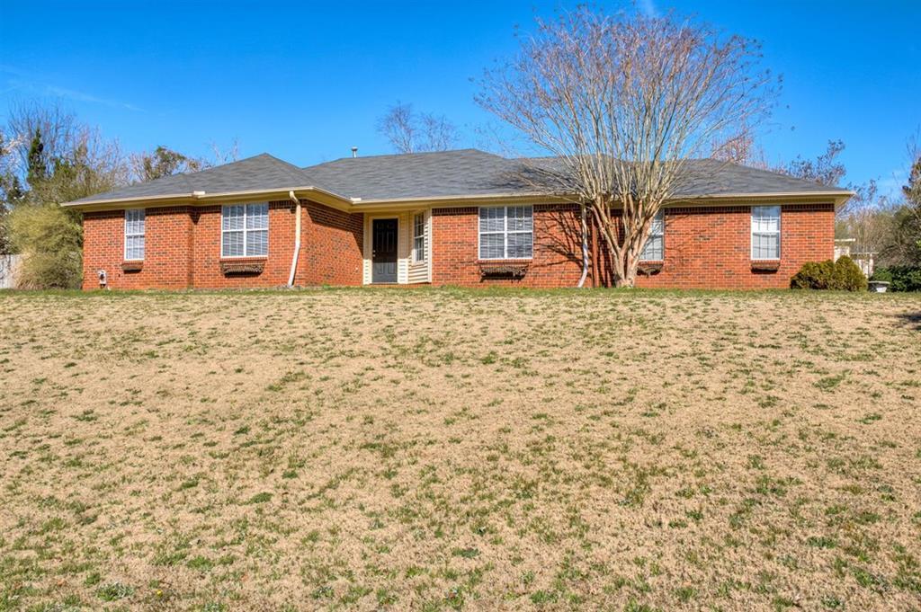 3896 Villa Lane, Augusta, Georgia 30907, 3 Bedrooms Bedrooms, ,2 BathroomsBathrooms,Single Family,For Sale,3896 Villa Lane,467135