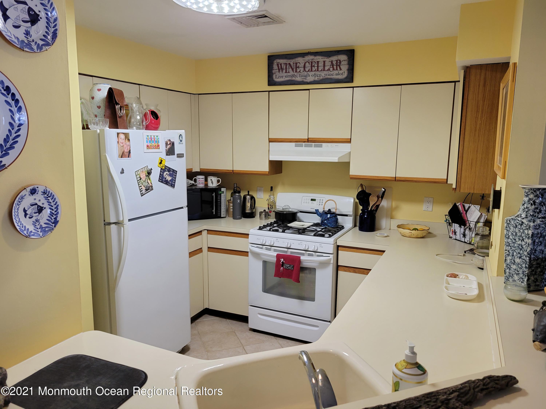 3431 Bridge Avenue, Point Pleasant, New Jersey 08742, 1 Bedroom Bedrooms, ,1 BathroomBathrooms,Condominium,For Sale,3431 Bridge Avenue,1,22107205