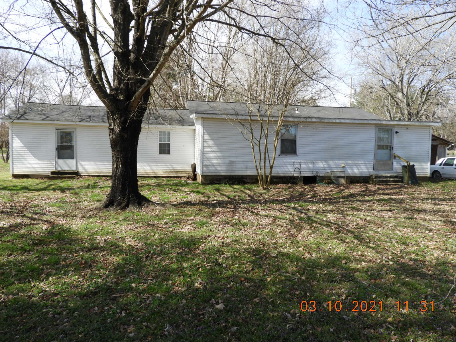 142 Sunset Dr, Prospect, Tennessee 38477, 3 Bedrooms Bedrooms, ,2 BathroomsBathrooms,Single Family,For Sale,142 Sunset Dr,1,2234946