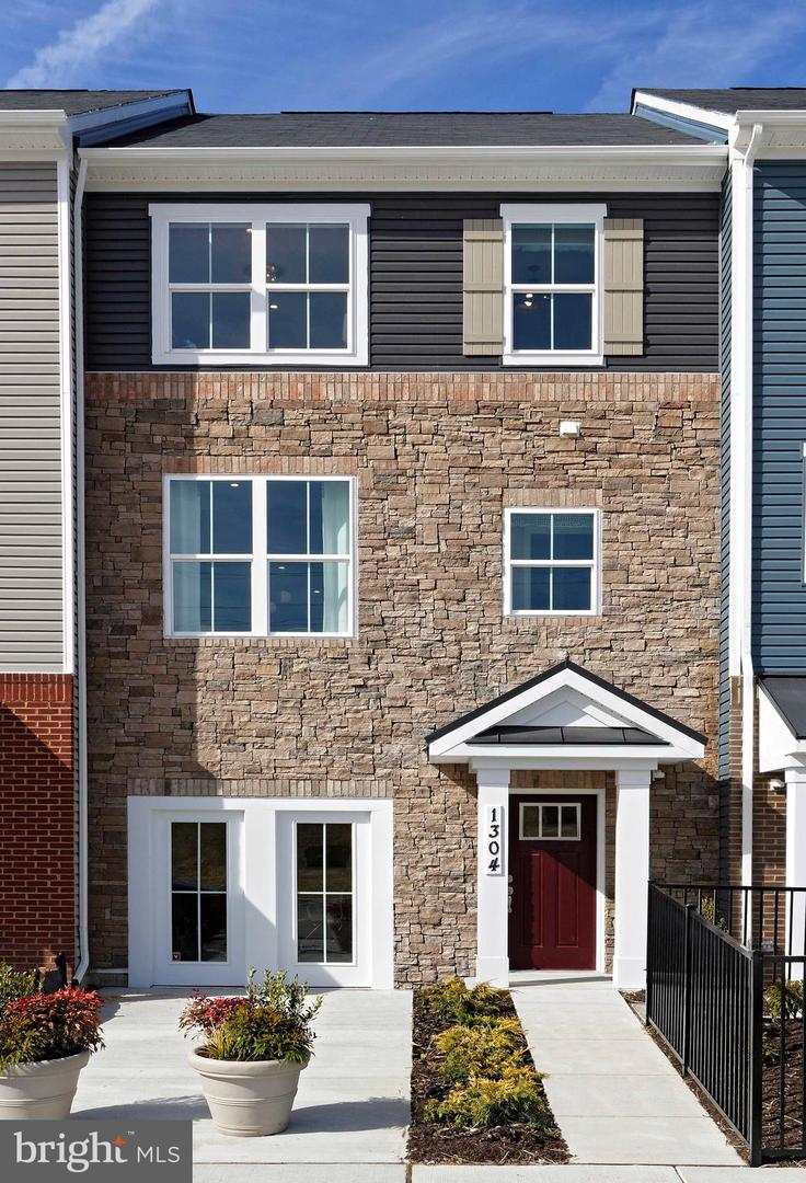 1330 FOGGY TURN, CROFTON, Maryland 21114, 3 Bedrooms Bedrooms, ,4 BathroomsBathrooms,Townhouse,For Sale,1330 FOGGY TURN,MDAA461392