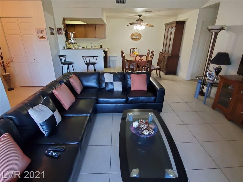 4200 Valley View Boulevard, Las Vegas, Nevada 89103, 3 Bedrooms Bedrooms, ,2 BathroomsBathrooms,Condominium,For Sale,4200 Valley View Boulevard,2277177