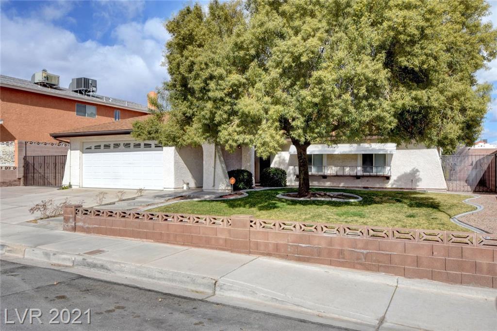 1111 Mariposa Way, Boulder City, Nevada 89005, 3 Bedrooms Bedrooms, ,2 BathroomsBathrooms,Single Family,For Sale,1111 Mariposa Way,1,2277267