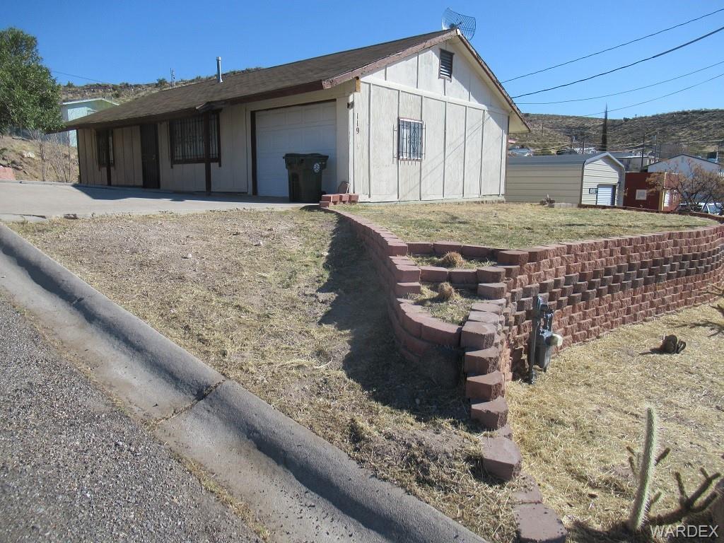 119 Beech Street, Kingman, Arizona 86401, 2 Bedrooms Bedrooms, ,1 BathroomBathrooms,Single Family,For Sale,119 Beech Street,978255