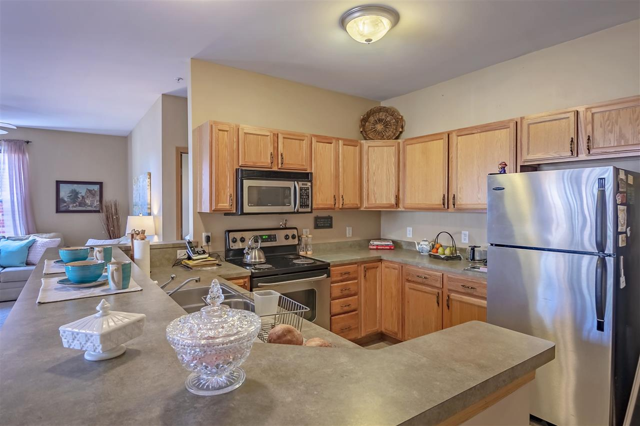 101 Metro Terr, MADISON, Wisconsin 53718, 2 Bedrooms Bedrooms, ,2 BathroomsBathrooms,Condominium,For Sale,101 Metro Terr,1903082