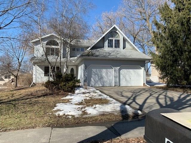 2618 Green Ridge Dr, MADISON, Wisconsin 53704, 4 Bedrooms Bedrooms, ,3 BathroomsBathrooms,Single Family,For Sale,2618 Green Ridge Dr,2,1903713
