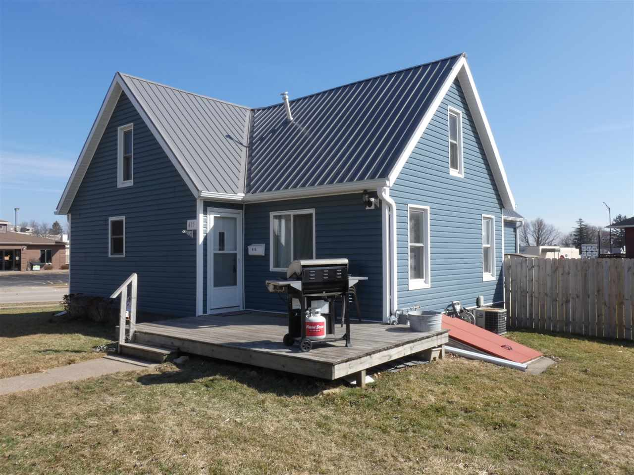 415 Madison St, Fennimore, Wisconsin 53809, 3 Bedrooms Bedrooms, ,2 BathroomsBathrooms,Single Family,For Sale,415 Madison St,1.5,1903871