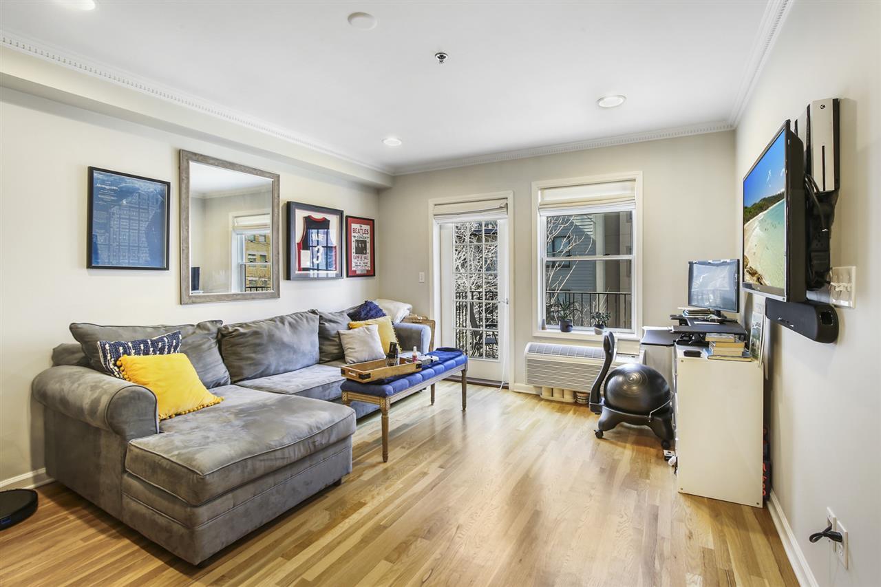 128 JACKSON ST, Hoboken, New Jersey 07030, 1 Bedroom Bedrooms, ,1 BathroomBathrooms,Condominium,For Sale,128 JACKSON ST,210005688