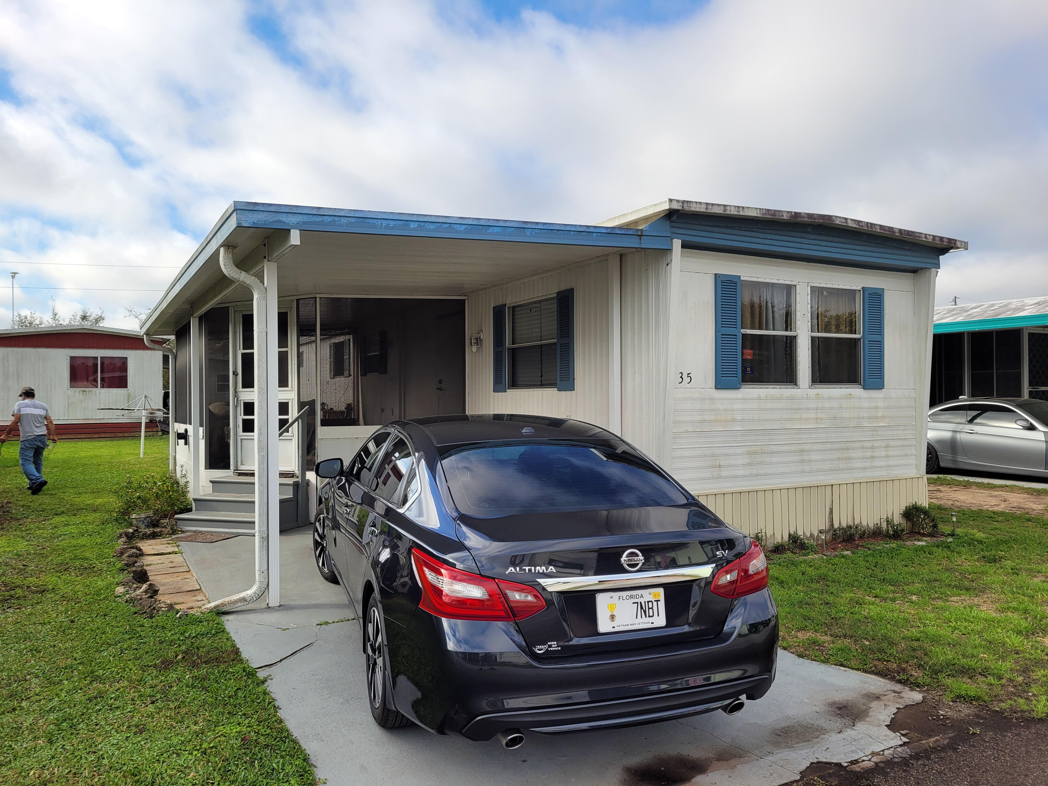17730 US HIGHWAY 27, CLERMONT, Florida 34715, 2 Bedrooms Bedrooms, ,1 BathroomBathrooms,Residential,For Sale,17730 US HIGHWAY 27,10976296