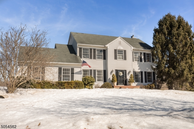 9 Country Meadow Rd, Mansfield Twp., New Jersey 07840-5207, 4 Bedrooms Bedrooms, ,3 BathroomsBathrooms,Single Family,For Sale,9 Country Meadow Rd,3697562