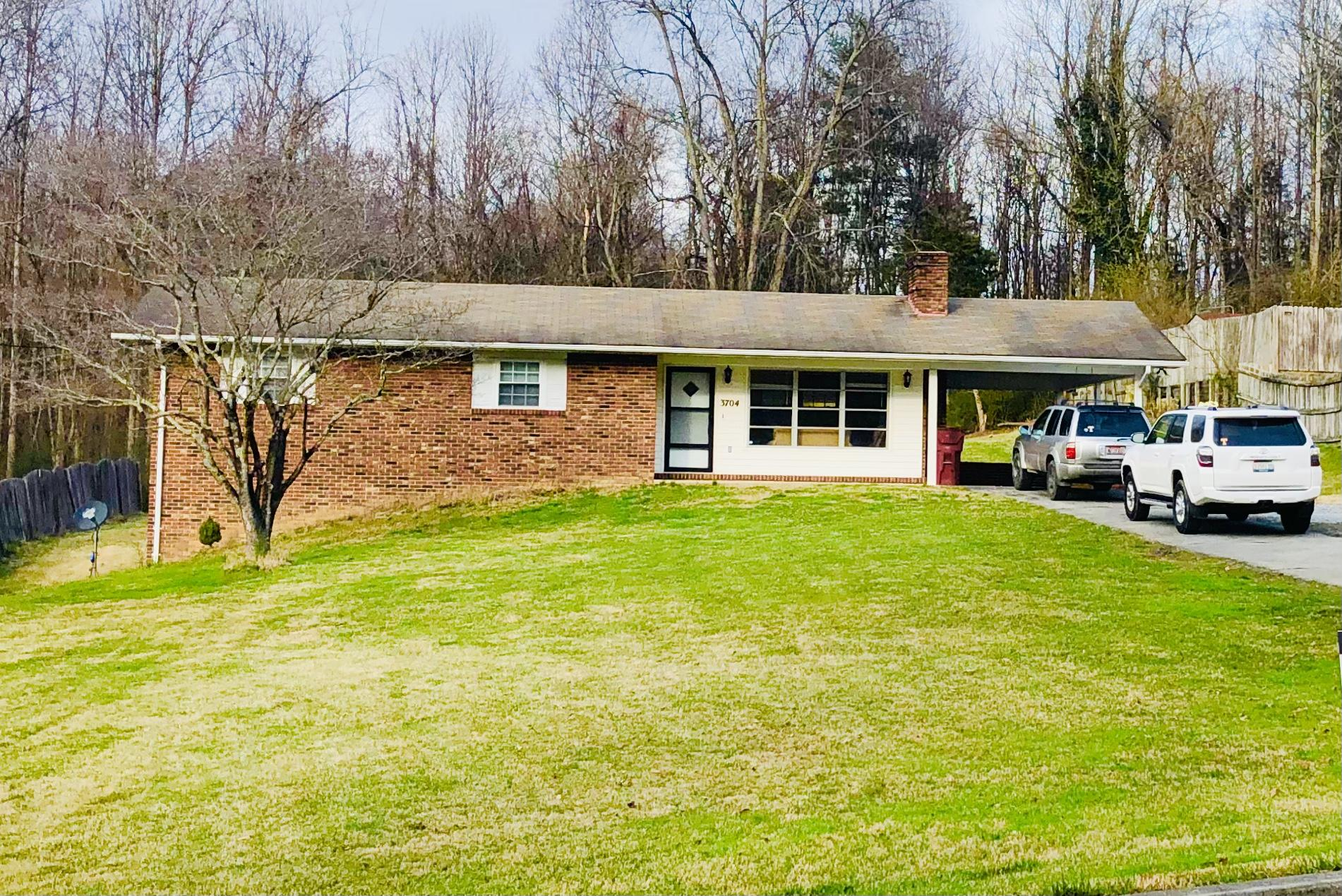 3704 Timberlake Road, Johnson City, Tennessee 37601, 3 Bedrooms Bedrooms, ,2 BathroomsBathrooms,Single Family,For Sale,3704 Timberlake Road,9919736