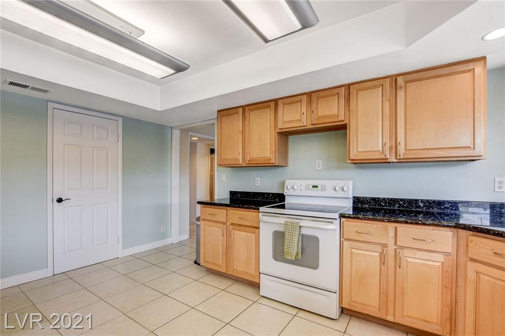 1549 Sandra Drive, Boulder City, Nevada 89005, 4 Bedrooms Bedrooms, ,3 BathroomsBathrooms,Single Family,For Sale,1549 Sandra Drive,2,2278061