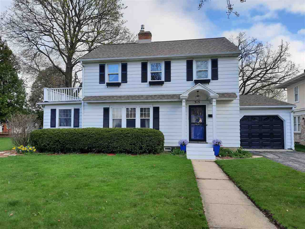 315 W Main St, Waunakee, Wisconsin 53597, 2 Bedrooms Bedrooms, ,2 BathroomsBathrooms,Single Family,For Sale,315 W Main St,2,1904011