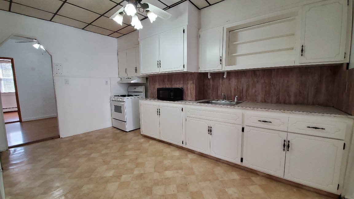 606 MADISON ST, Hoboken, New Jersey 07030, 3 Bedrooms Bedrooms, ,2 BathroomsBathrooms,Residential,For Sale,606 MADISON ST,210006305
