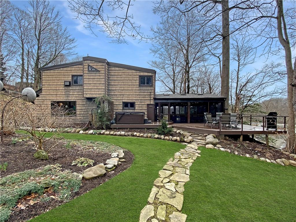 10900 SUNSET Drive, NORTH EAST, Pennsylvania 16428, 3 Bedrooms Bedrooms, ,3 BathroomsBathrooms,Single Family,For Sale,10900 SUNSET Drive,155803