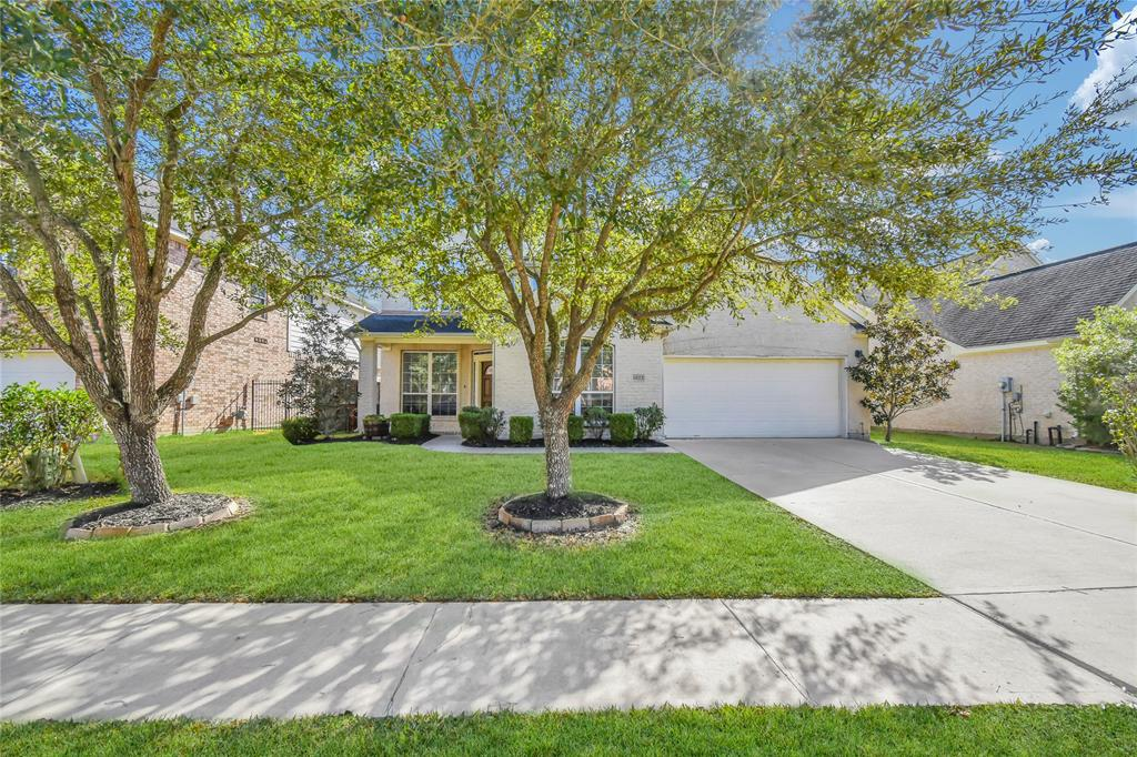 4023 Calabria Bay Court, Missouri City, Texas 77459, 4 Bedrooms Bedrooms, ,4 BathroomsBathrooms,Single Family,For Sale,4023 Calabria Bay Court,2,21893424