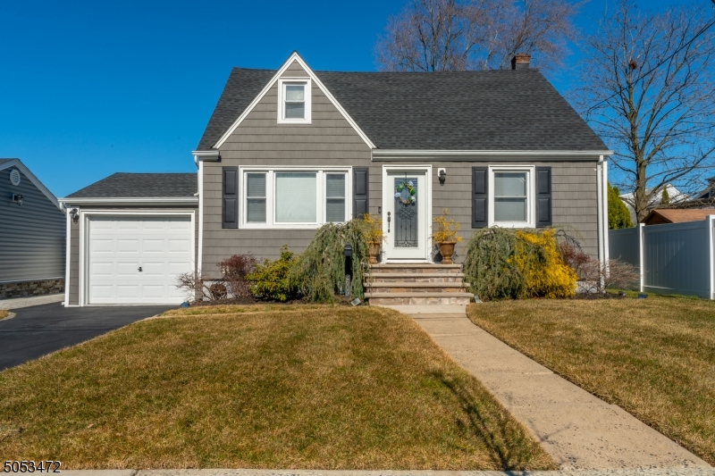 2609 Browning Pl, Union Twp., New Jersey 07083-5617, 4 Bedrooms Bedrooms, ,2 BathroomsBathrooms,Single Family,For Sale,2609 Browning Pl,3697830