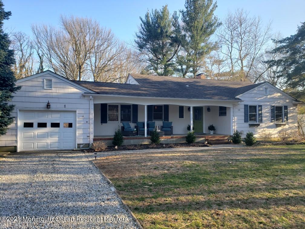 138 Little Silver Point Road, Little Silver, New Jersey 07739, 4 Bedrooms Bedrooms, ,3 BathroomsBathrooms,Single Family,For Sale,138 Little Silver Point Road,1,22108399