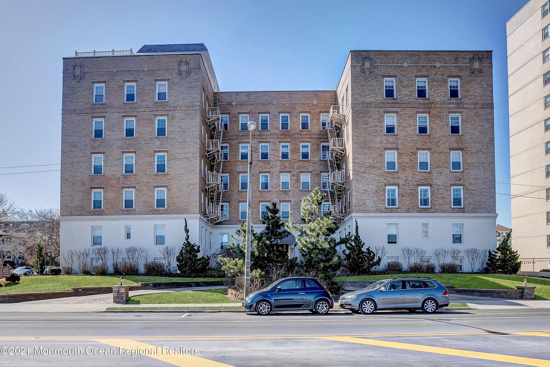 500 Deal Lake Drive, Asbury Park, New Jersey 07712, 1 Bedroom Bedrooms, ,1 BathroomBathrooms,Condominium,For Sale,500 Deal Lake Drive,1,22108814
