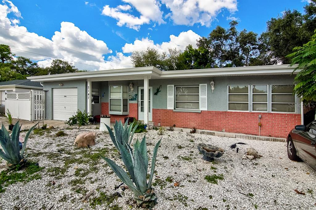 2147 FLOYD STREET, SARASOTA, Florida 34239, 3 Bedrooms Bedrooms, ,2 BathroomsBathrooms,Single Family,For Sale,2147 FLOYD STREET,1,A4494356