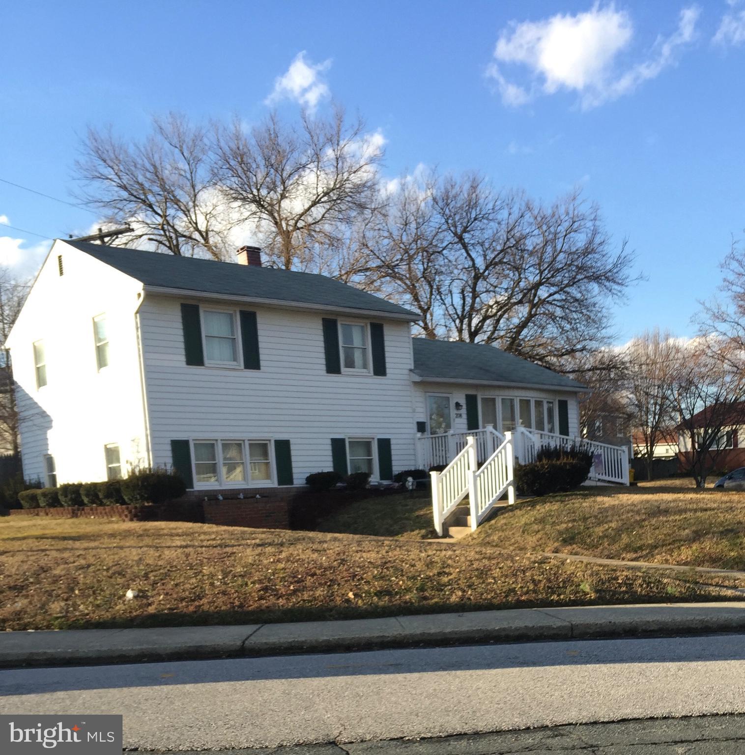 208 RIDGELY ROAD, GLEN BURNIE, Maryland 21061, 3 Bedrooms Bedrooms, ,1 BathroomBathrooms,Single Family,For Sale,208 RIDGELY ROAD,MDAA460644