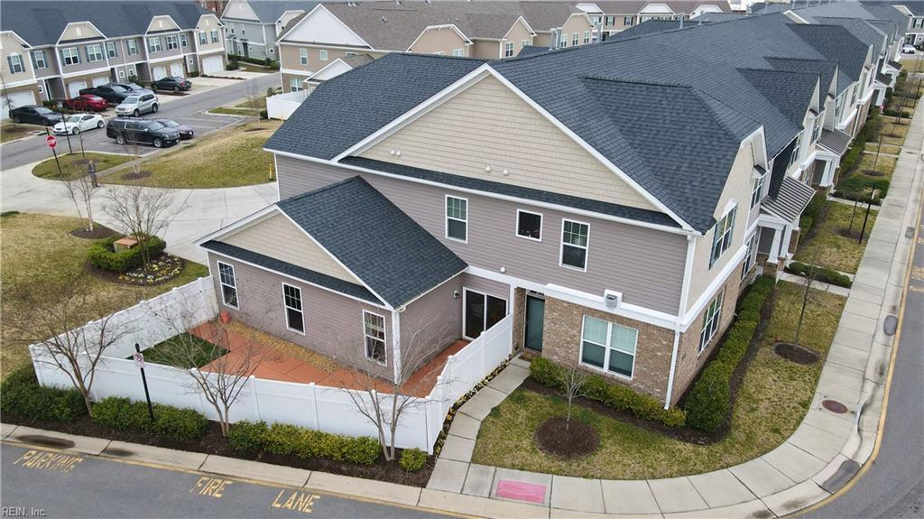 409 ABELIA Way, Chesapeake, Virginia 23322, 4 Bedrooms Bedrooms, ,4 BathroomsBathrooms,Townhouse,For Sale,409 ABELIA Way,2,10366717