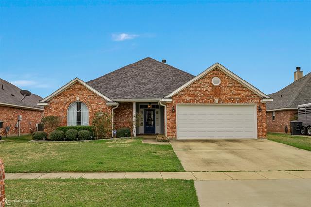 5536 Meadowsweet, Bossier City, Louisiana 71112, 3 Bedrooms Bedrooms, ,2 BathroomsBathrooms,Single Family,For Sale,5536 Meadowsweet,1,14538943