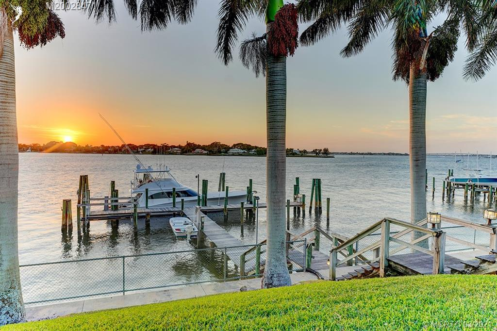 31 W High Point Road, Stuart, Florida 34996, 5 Bedrooms Bedrooms, ,6 BathroomsBathrooms,Single Family,For Sale,31 W High Point Road,1,M20028471