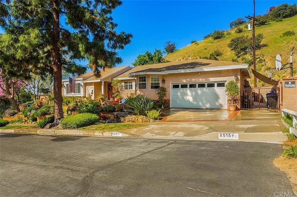 8515 Petaluma Drive, Sun Valley, California 91352, 4 Bedrooms Bedrooms, ,3 BathroomsBathrooms,Single Family,For Sale,8515 Petaluma Drive,1,BB21065337