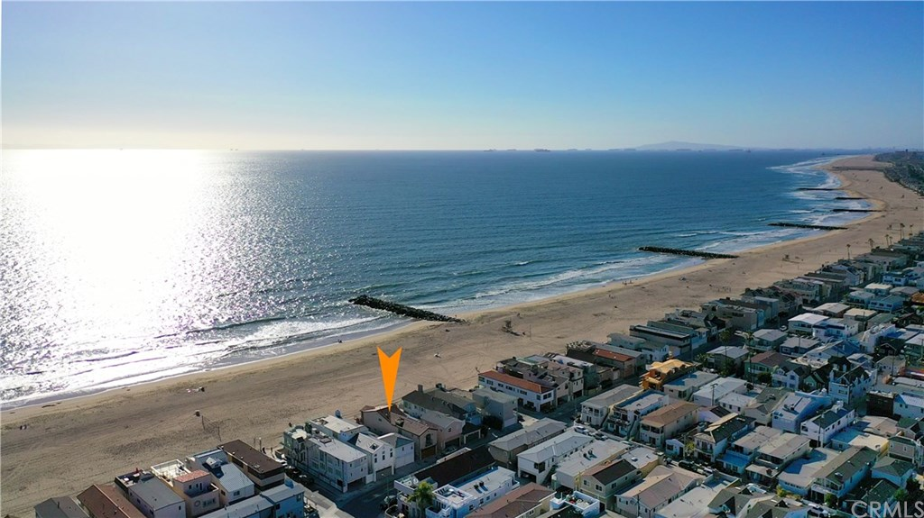 3407 W Oceanfront, Newport Beach, California 92663, 4 Bedrooms Bedrooms, ,3 BathroomsBathrooms,Single Family,For Sale,3407 W Oceanfront,2,OC21056815