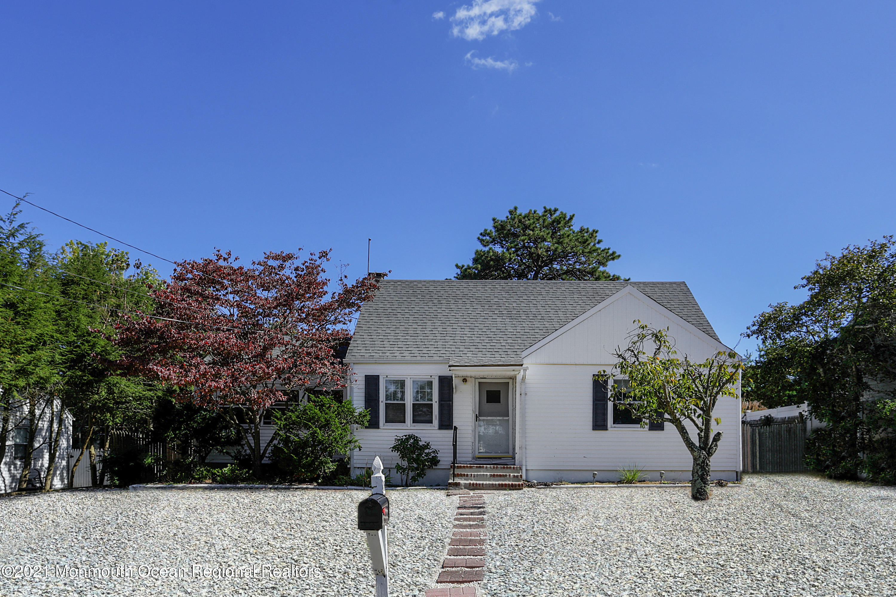 532 Smith Drive, Point Pleasant, New Jersey 08742, 2 Bedrooms Bedrooms, ,1 BathroomBathrooms,Single Family,For Sale,532 Smith Drive,1,22109201