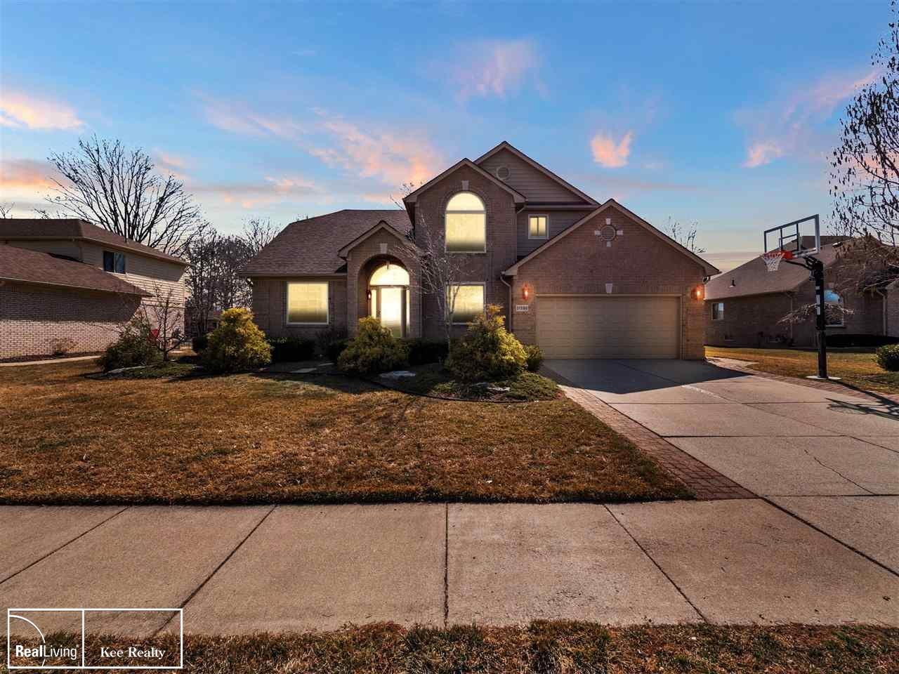 31598 Winter Creek Dr, Chesterfield, Michigan 48047, 3 Bedrooms Bedrooms, ,3 BathroomsBathrooms,Single Family,For Sale,31598 Winter Creek Dr,2,50037038