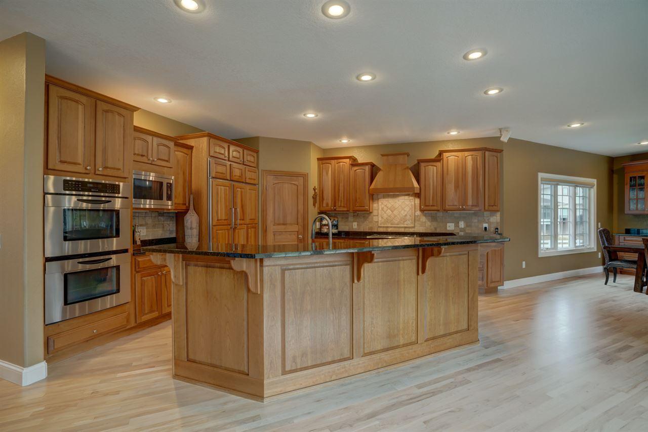 5594 Polo Ridge, Waunakee, Wisconsin 53597-8700, 5 Bedrooms Bedrooms, ,6 BathroomsBathrooms,Single Family,For Sale,5594 Polo Ridge,2,1904565