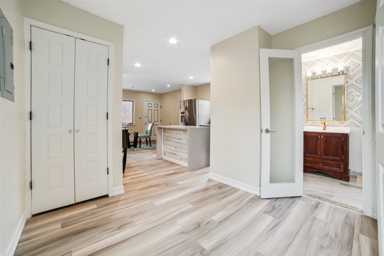 726 11TH ST, Union City, New Jersey 07087, 4 Bedrooms Bedrooms, ,2 BathroomsBathrooms,Condominium,For Sale,726 11TH ST,210007106