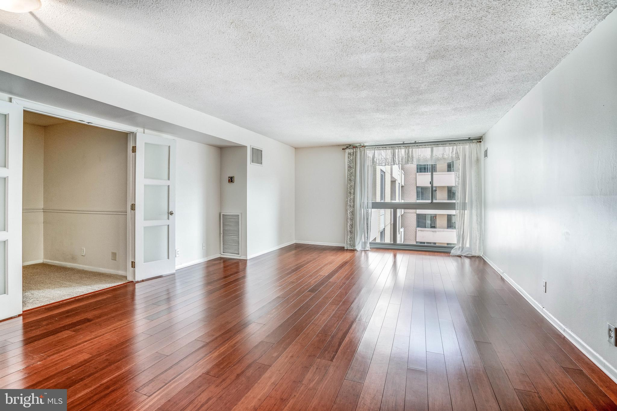 4601 N PARK AVENUE, CHEVY CHASE, Maryland 20815, 1 Bedroom Bedrooms, ,2 BathroomsBathrooms,Condominium,For Sale,4601 N PARK AVENUE,MDMC750162