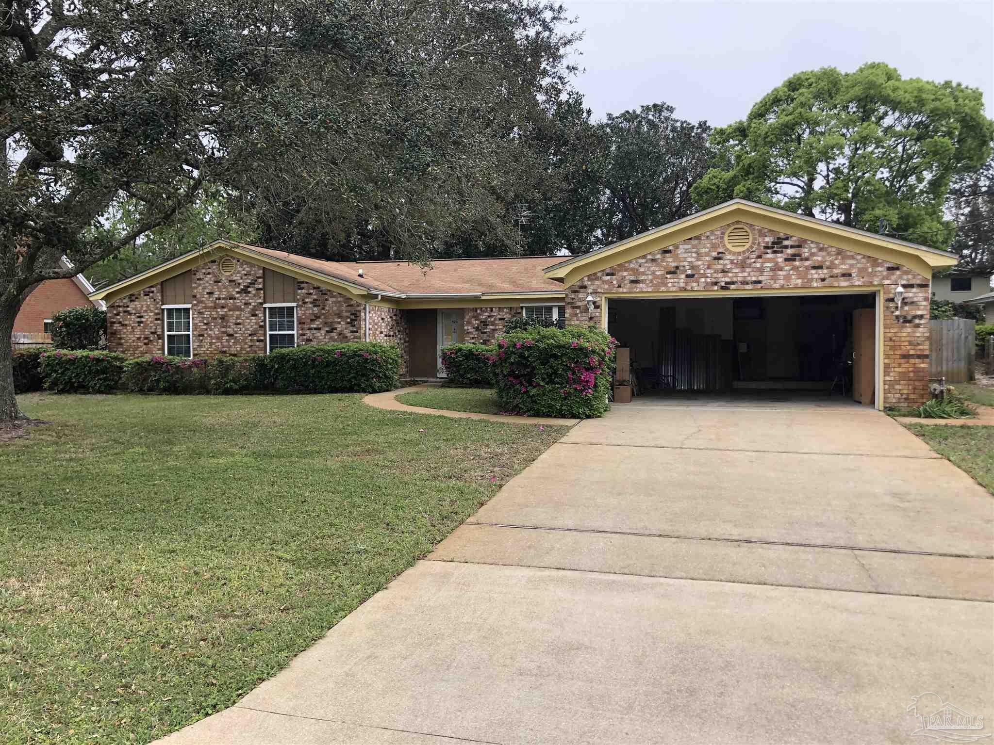 420 DOLPHIN ST, Gulf Breeze, Florida 32561, 4 Bedrooms Bedrooms, ,2 BathroomsBathrooms,Single Family,For Sale,420 DOLPHIN ST,1,587070