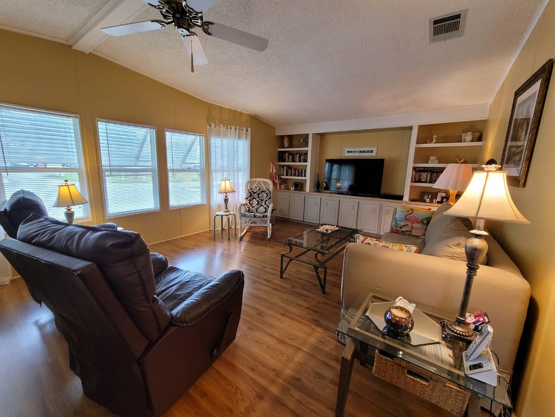 5027 Lakeland Harbor, LAKELAND, Florida 33805, 2 Bedrooms Bedrooms, ,2 BathroomsBathrooms,Residential,For Sale,5027 Lakeland Harbor,10979924