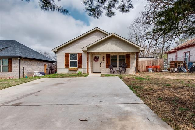 419 E Maple Row, Denison, Texas 75021, 3 Bedrooms Bedrooms, ,2 BathroomsBathrooms,Single Family,For Sale,419 E Maple Row,1,14540936